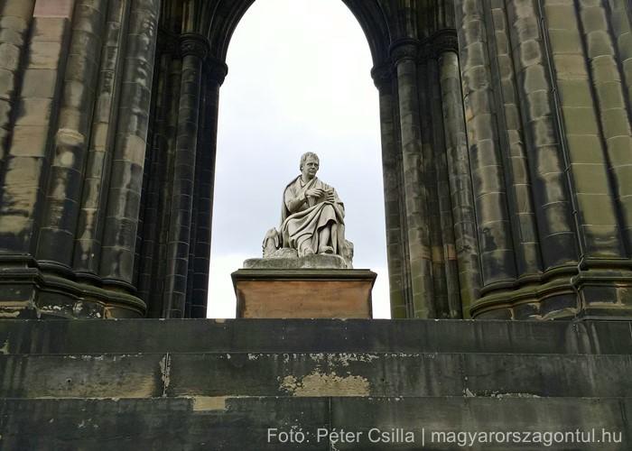 Skócia Scott Monument