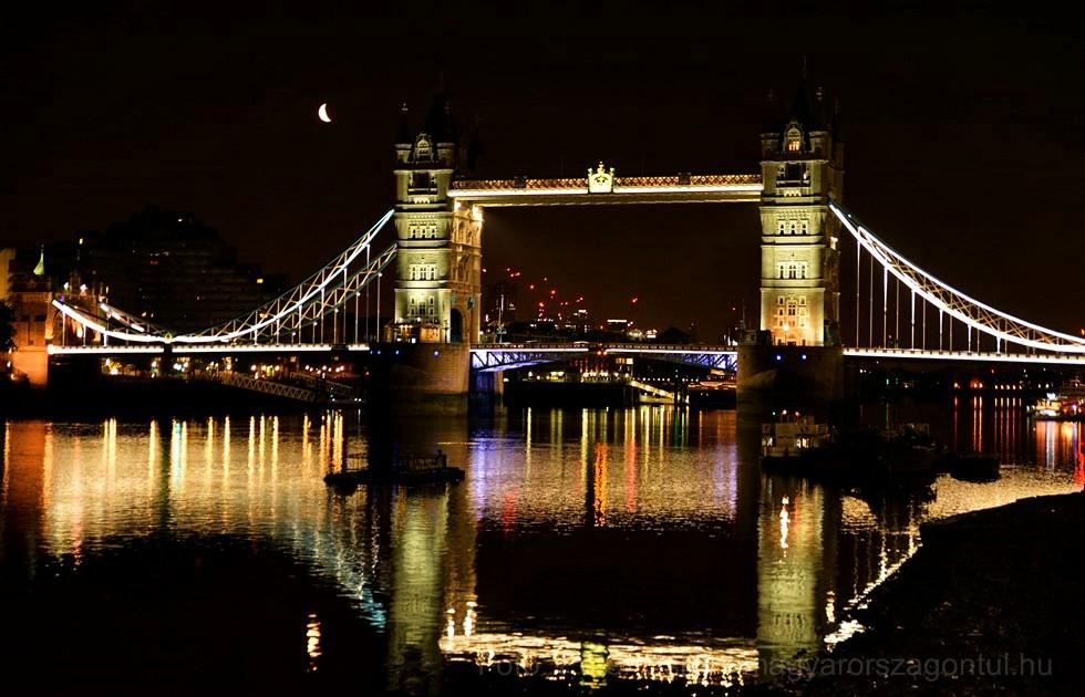 London éjszaka Tower Bridge index