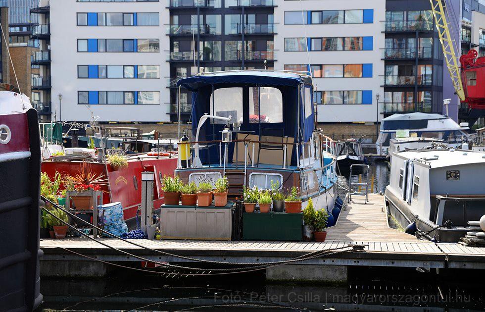 Kikötő lakópark London index