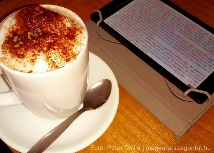 Olvasás könyv forrócsoki