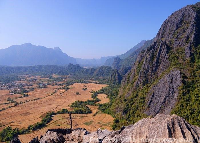 Laosz Vang Vieng kilátó